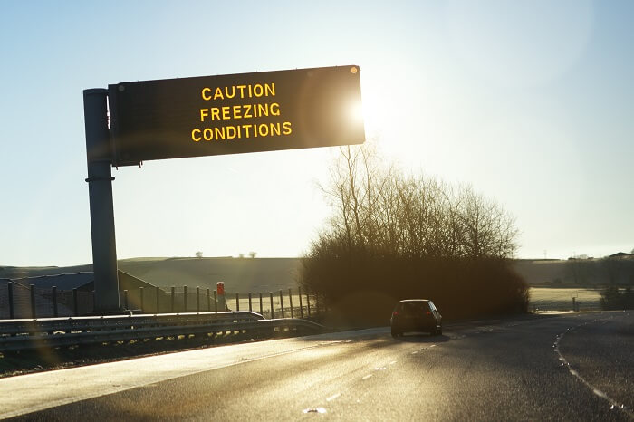 Freezing conditions motorway sign